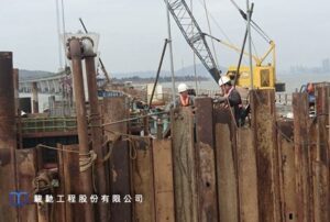 Construction work on the sea is difficult and risky